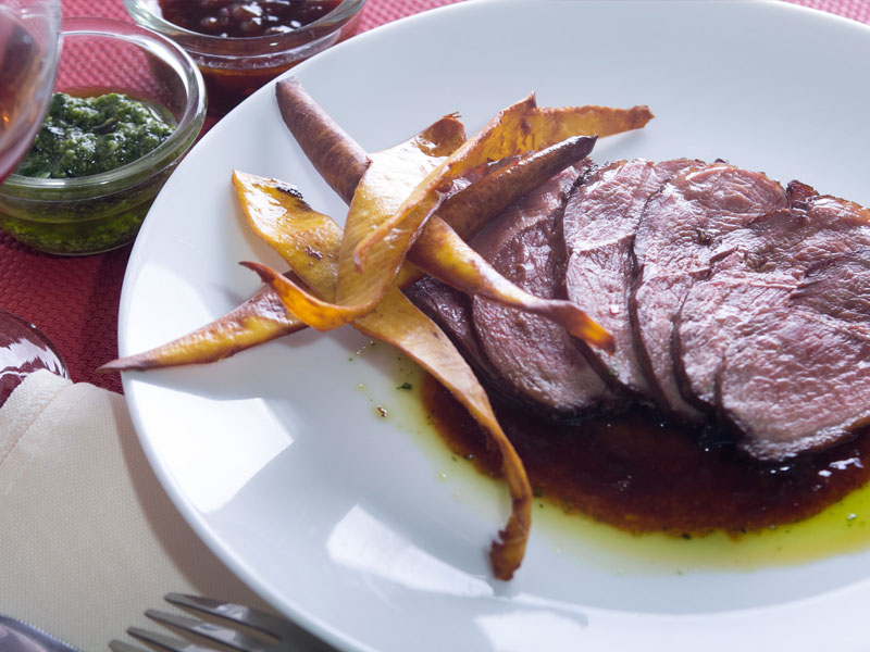 Roasted-Duck-with-Mango-Sauce
