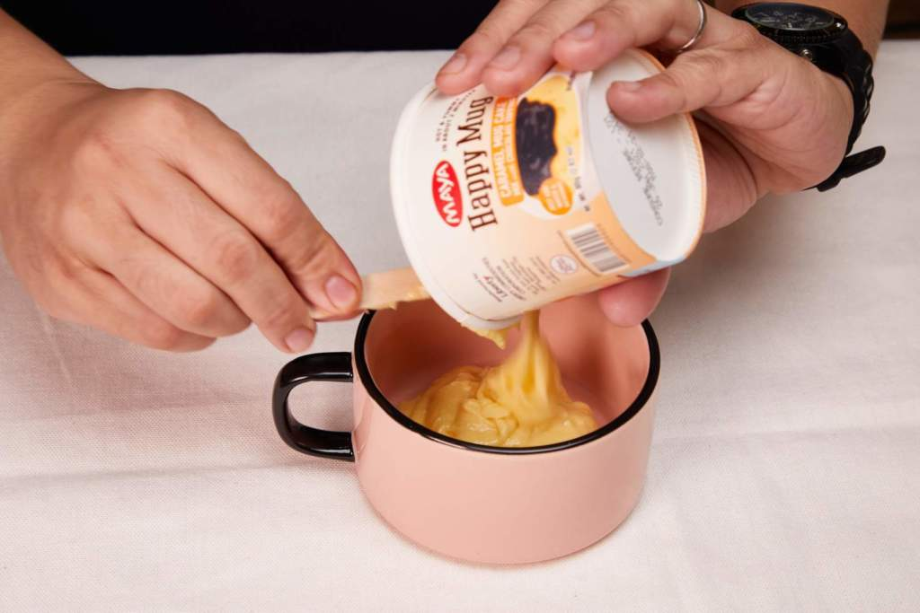 Cinnamon Roll Mugcake
