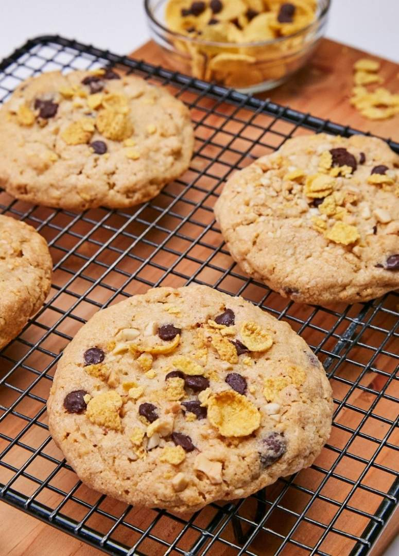 Cooling Cookies on a Rack