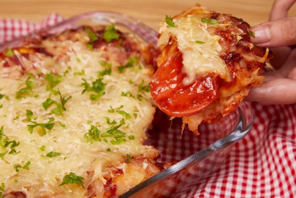 Pull-Apart Cheesy Garlic Bread Pizza Buns