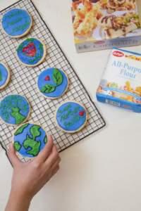 Earth Day Cornstarch Cookies