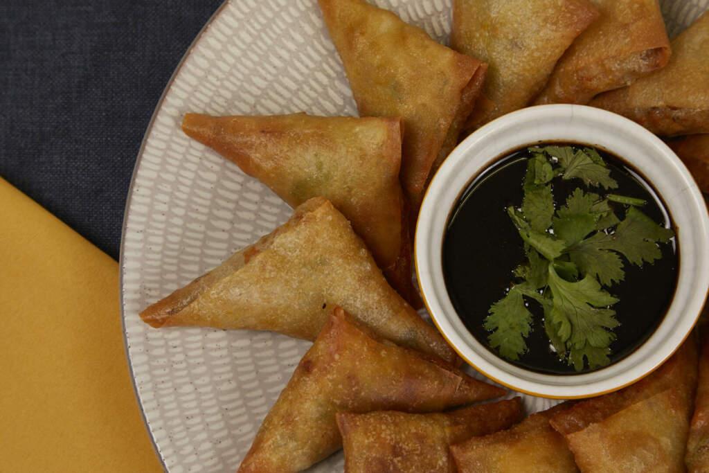 Mixed Vegetables Samosa